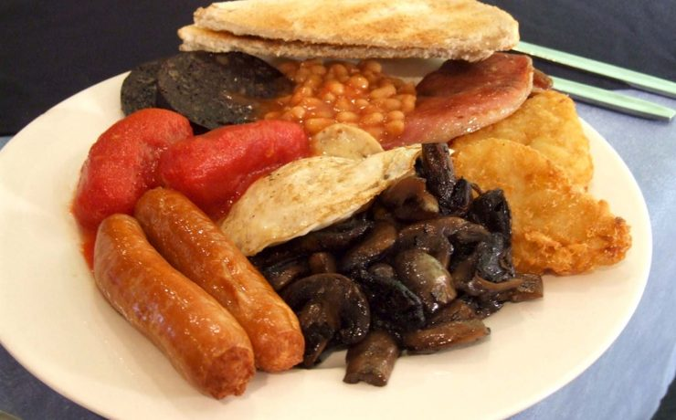 For a country that had a huge Empire and access to all kinds of seasonings and spices, why is traditional British food so bland?