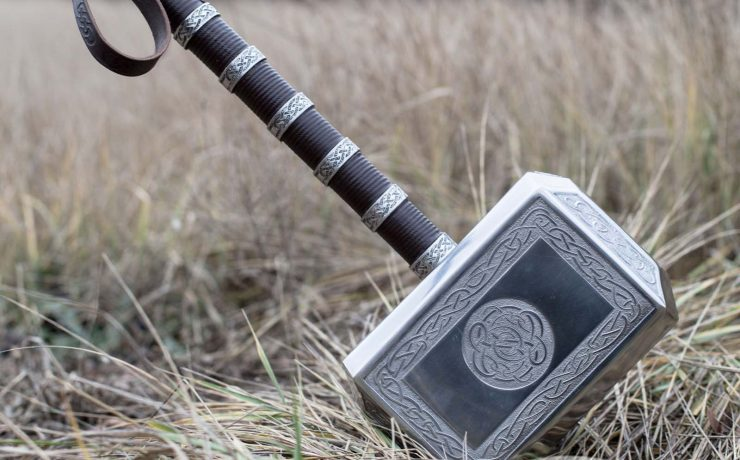 Did Vikings use hammers in war?