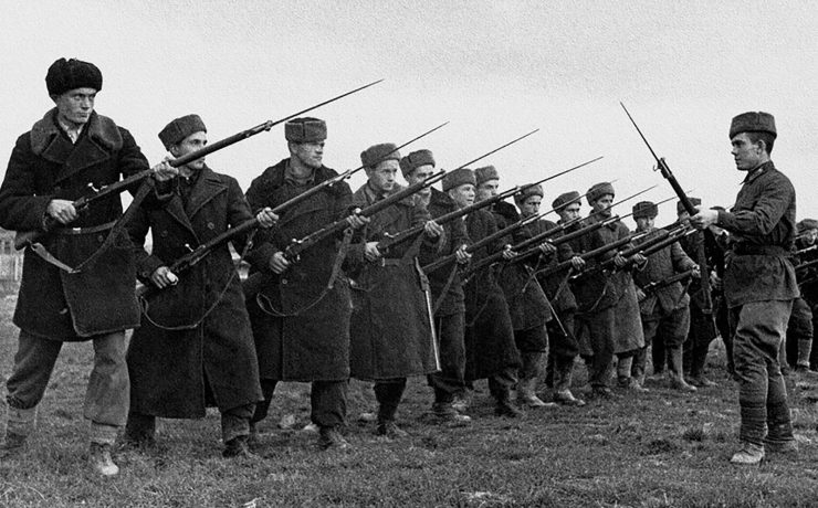 It is often said here that the Red Army of 1941 was not the same army as that of 1942. What contrasted these armies?