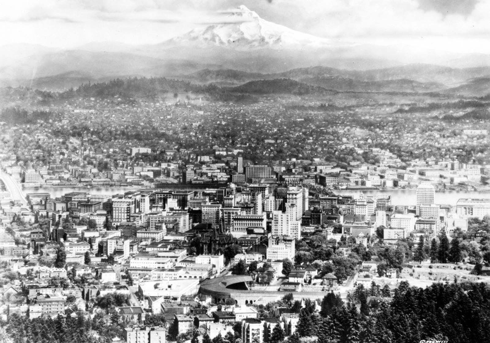 How did Oregon, a state founded exclusively for whites and a hotbed for the Ku Klux Klan, become one of the most liberal states in the US?